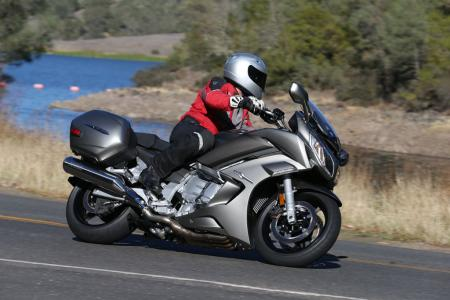 2013 Yamaha FJR1300A Action Right