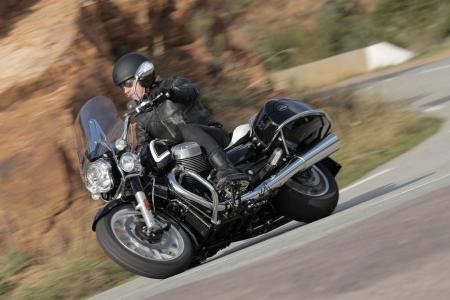 2013 Moto Guzzi California 1400 Touring Ambassador Action