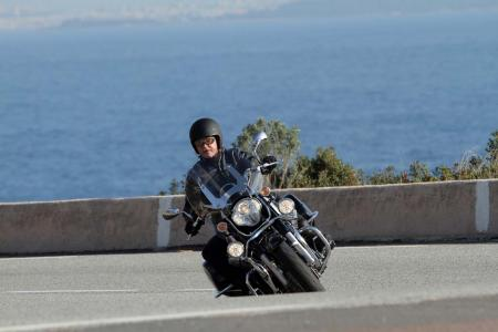 2013-moto-guzzi-california-1400-touring-action-26