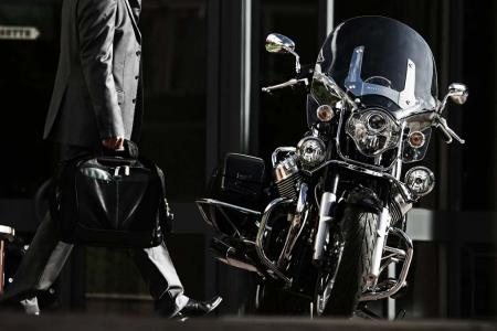 2013-moto-guzzi-california-1400-touring-static-05
