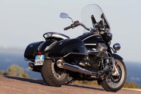 2013-moto-guzzi-california-1400-touring-static-11