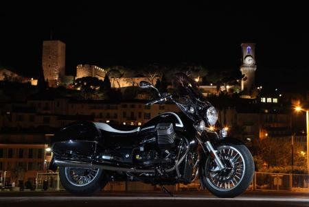 2013-moto-guzzi-california-1400-touring-static-18