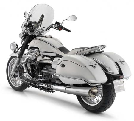 2013-moto-guzzi-california-1400-touring-studio-white-03