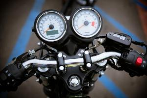 2013 Triumph Thruxton Gauges
