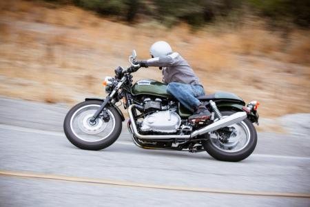 2013 Triumph Thruxton Review - Motorcycle.com