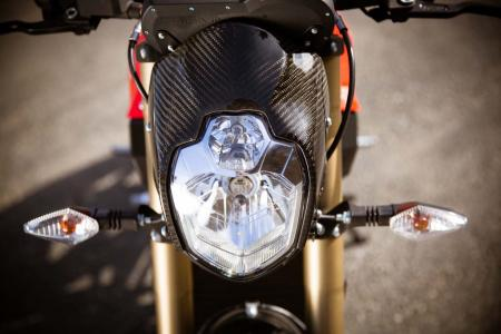 2012-brammo-empulse-r-headlight-07