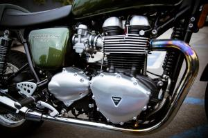 2013 Triumph Thruxton Engine