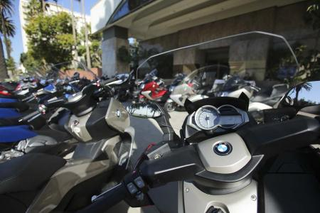 2013-bmw-c-scooters-launch-event-07