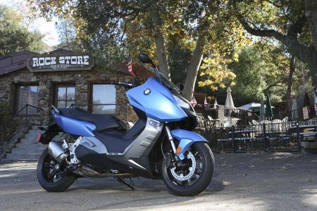 2013-bmw-c600-sport-24-static-right
