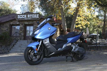 2013-bmw-c600-sport-34-static-left