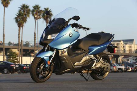 2013-bmw-c600-sport-56-static-left
