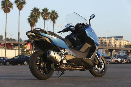 2013-bmw-c600-sport-57-static-left