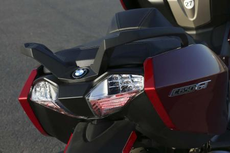 2013-bmw-c650-gt-24-taillight-grab-handles