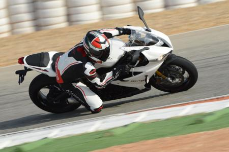 2013 Triumph Daytona 675R leaning right