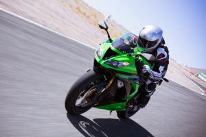 2013 Oddball Sportbike Shootout Kawasaki ZX-6R Action Left