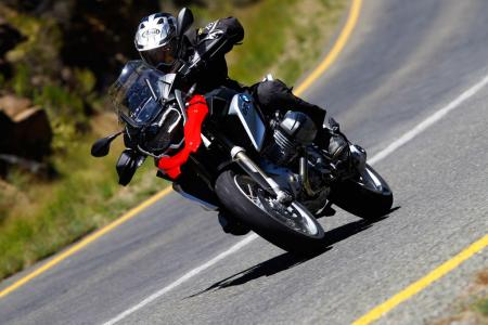 2013-BMW-R1200GS-Action-Street-Cornering