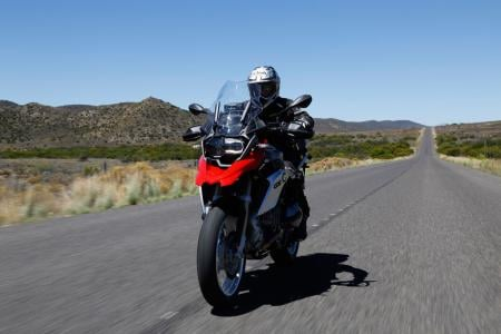 2013-BMW-R1200GS-Action-Street-Front-02