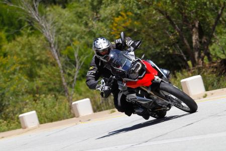 2013-BMW-R1200GS-Action-Street-Left-Turn