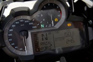 2013 BMW R1200GS Detail Gauges