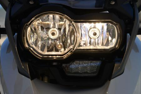2013-BMW-R1200GS-Lights-02