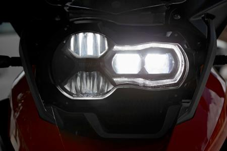 2013-BMW-R1200GS-Lights-03