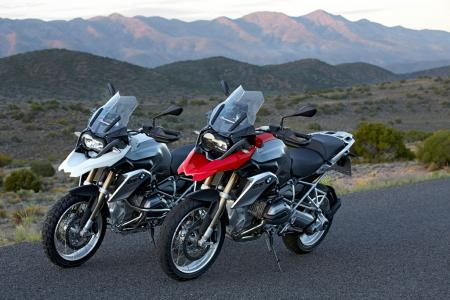 2013-BMW-R1200GS-Pair-Scenic-02