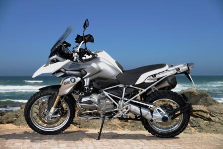 2013-BMW-R1200GS-White-Left-Side