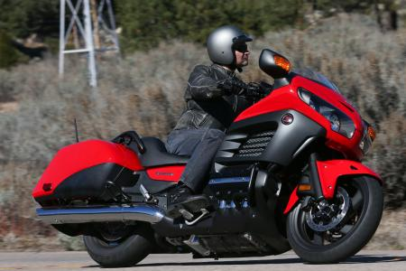 2013 Honda Gold Wing F6B Action Lean Red