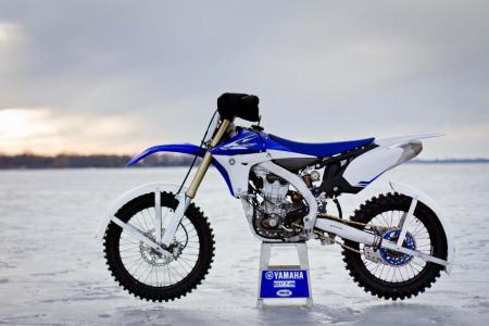 motorcycle-com-goes-ice-racing-08