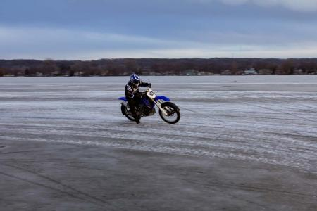 motorcycle-com-goes-ice-racing-24