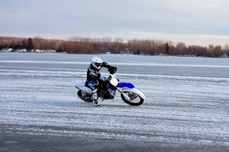 motorcycle-com-goes-ice-racing-32