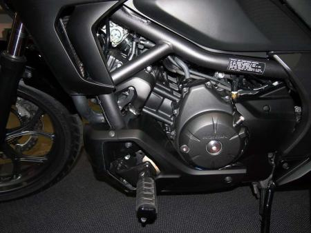 2014-honda-ctx600-engine-left