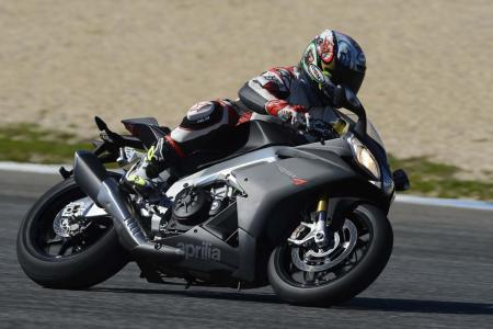 2013_Aprilia_RSV4R_APRC_ABS_TOR_Estoril (15)