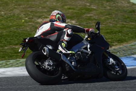 2013_Aprilia_RSV4R_APRC_ABS_TOR_Estoril (16)