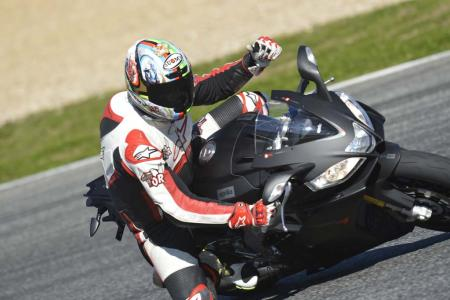 2013_Aprilia_RSV4R_APRC_ABS_TOR_Estoril (2)