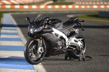 2013_Aprilia_RSV4R_Estoril (30)
