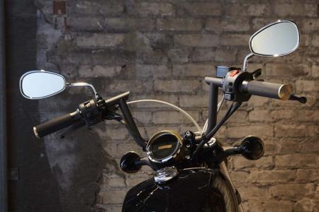 2013-star-bolt-handlebars-mirrors-020