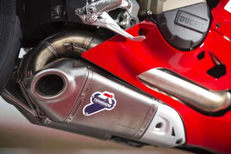 _4MC1785-2013-ducati-1199-panigale-r-exhaust