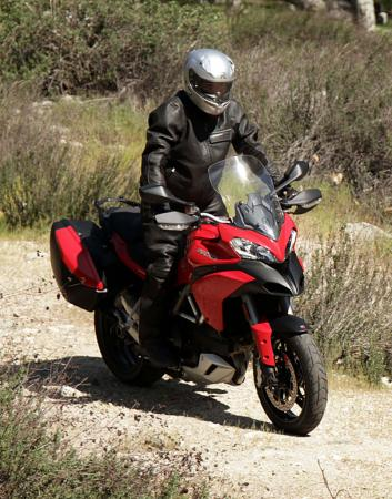 IMG_0164-2013-ducati-multistrada-s-touring-right-off-road