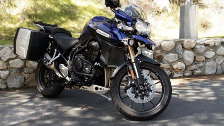 pic46-2013-triumph-tiger-explorer-right-side