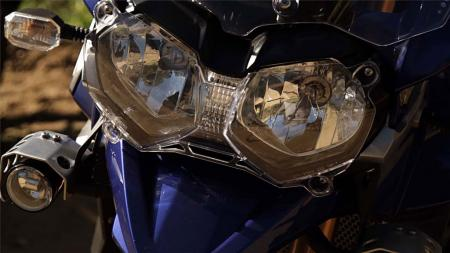 pic54-2013-triumph-tiger-explorer-headlights