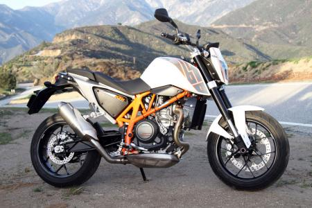 2013 KTM 690 Duke right static