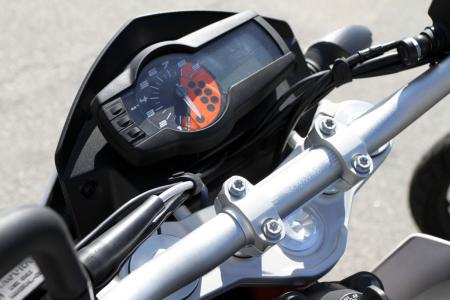 2013 KTM 690 Duke instrument display