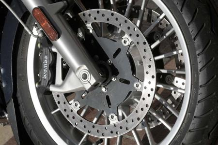MTF_0278-2013-moto-guzzi-california-1400-wheel