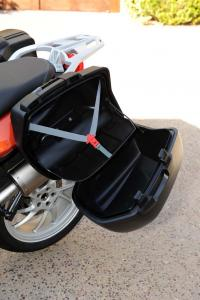 2013 BMW F800GT saddlebag open