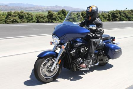 2013 Touring Cruiser Shootout V Star 1300 Deluxe Action