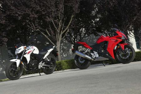 WING2139-2013-honda-cb500f-cbr500r-side-by-side
