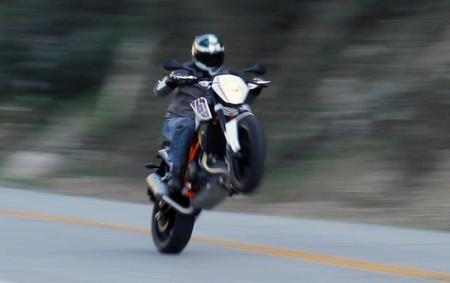 2013 KTM 690 Duke Wheelie