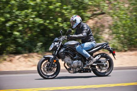 2013 Suzuki SFV650 Review - Motorcycle.com