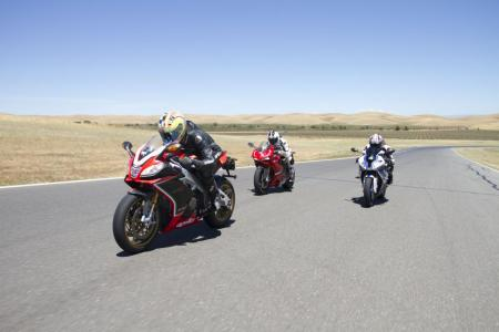 2013-exotic-superbike-track-shootout-IMG_8623